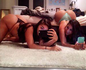 Emily-and-Lena-the-Plug-selfie