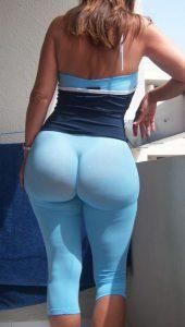 big-booty-in-yoga-pants
