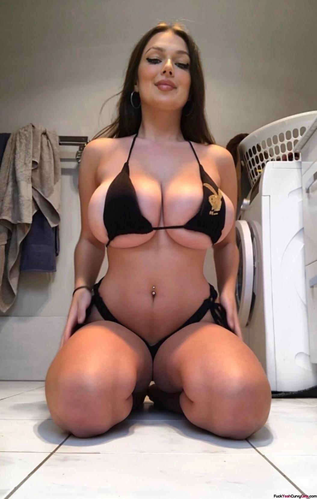 big-naturals-in-bikini