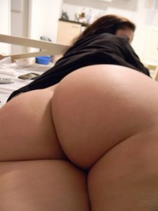 bottomless-pawg