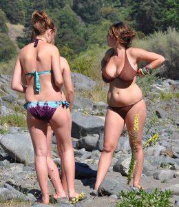 Busty Chubby Amateur In A Bikini