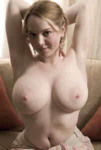 chubby-busty-beauty