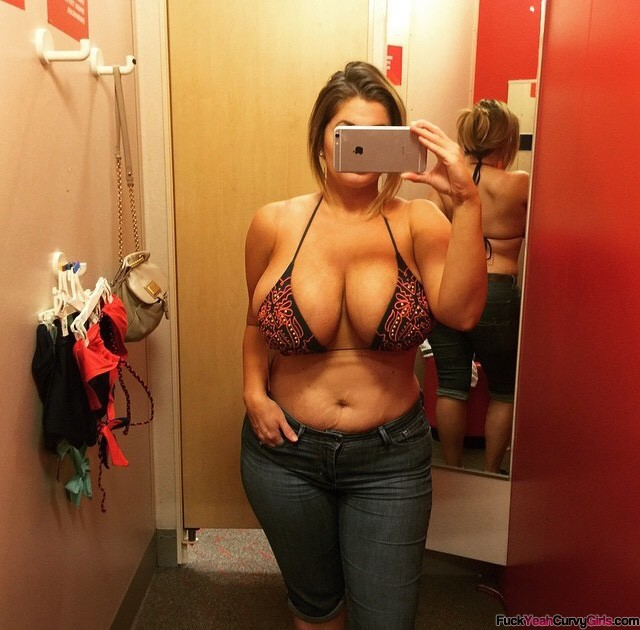 topless chubby change room