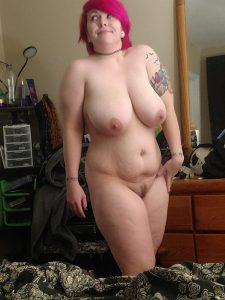 Chubby Goth Girl