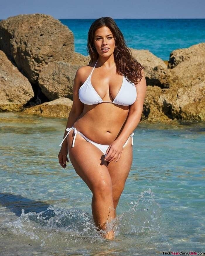 curvy-model