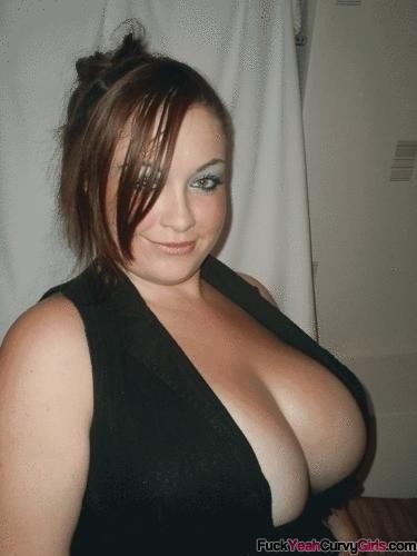 Bbw cleavage