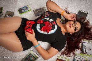 hot-curvy-asian-nerdy-gamer-girl