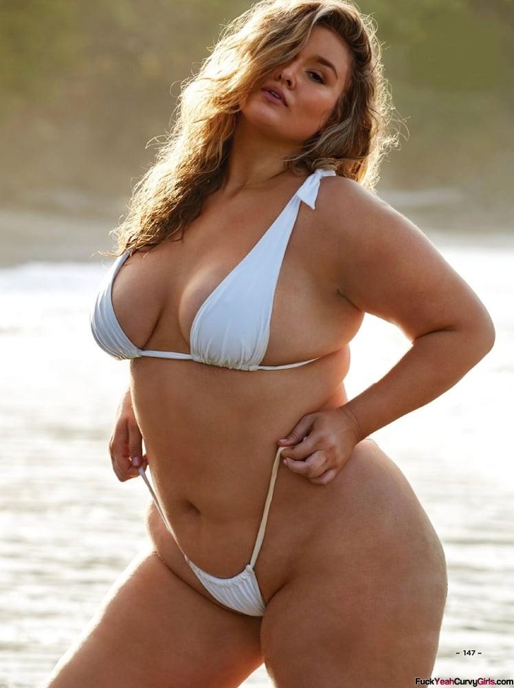 sexy-thick-bikini-model
