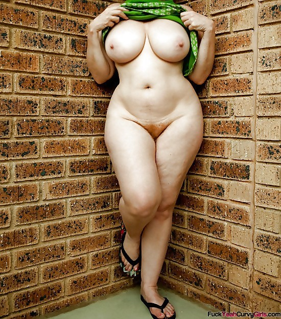 thick-and-curvy-girl
