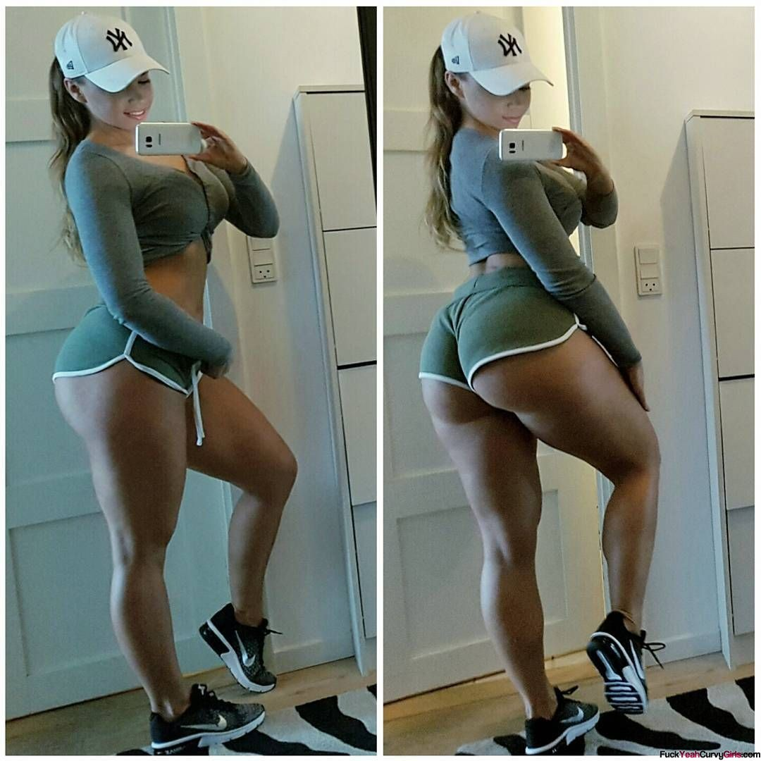 thick-and-fit-selfie