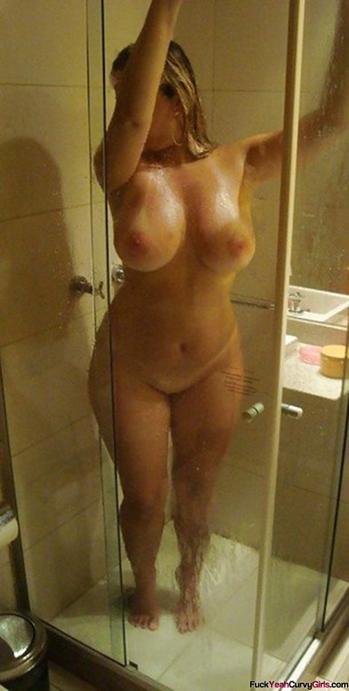 Just out the shower naked thick big girl, give a female a orgasm clips